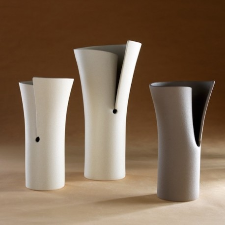 VASO FOGLIO DI DESIGN - da sx vaso Piccolo e Grande color Bianco, a sx vaso Piccolo color Tortora