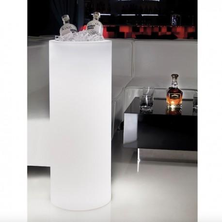 Vaso I-Pot - Realizzato in polietilene nel colore luminoso Bianco. Altezza 130 cm, anche per esterno.