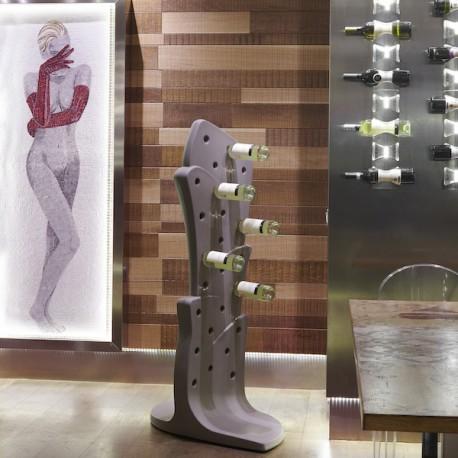 Portabottiglie Malbec MAl150 - Alto 150 cm in polietilene nel colore Grigio Elefante FG. Fino a 25 bottiglie.