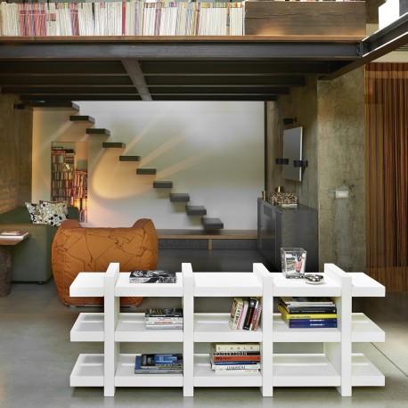 Libreria Booky 4 - Realizzata in polietilene nel colore standard Bianco latte FT. Larghezza 184  Profondità 40 Altezza 70