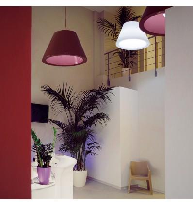 Lampada Bln a sospensione - In polietilene nel colore laccato lucido Rosso Supreme oppure in Bianco luminoso.