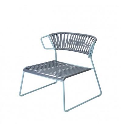 Poltrona Lisa Lounge Club 2877 - Struttura in metallo zincato Blu Avio ZO, seduta e schienale in materiale plastico Grafite P86.