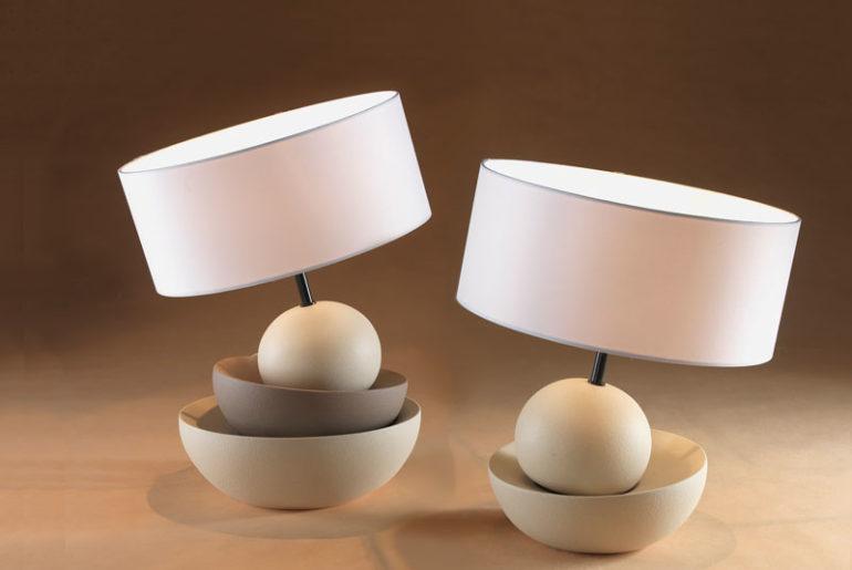 Lampade da tavolo moderne e di design dei brand più famosi