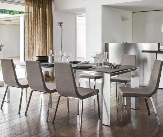 Come scegliere le sedie giuste per la tua casa